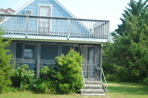 The blue Bethany beach house today, sitting comfortably where it belongs.