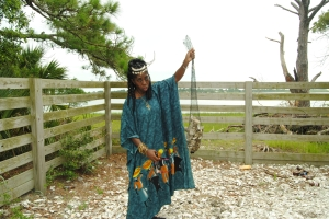 Queen Quet tells us the story of how her grandfather used to put oyster shells back on the reefs to keep them healthy.