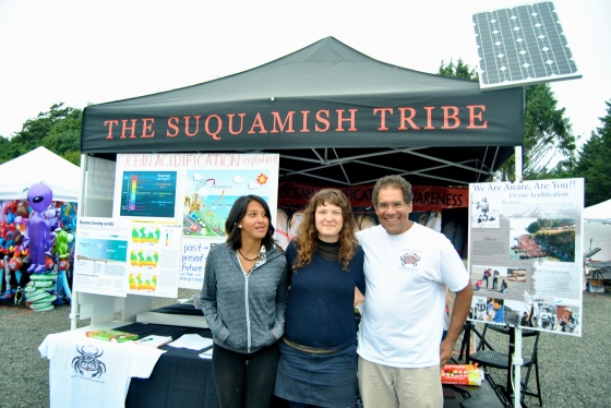 Paul Williams and his interns stand at the Suquamish Tribe booth about ocean acidification.